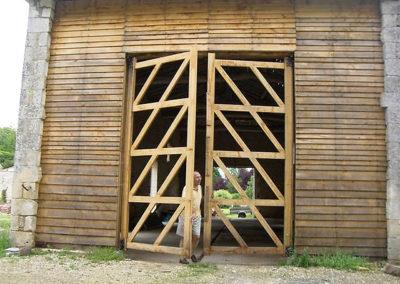 Création d'une grande porte en chêne