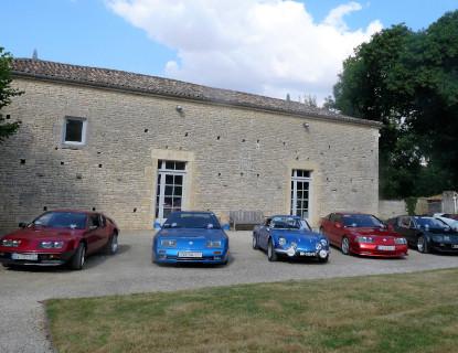 Rassemblement de voitures au domaine à Niort