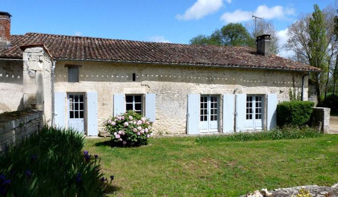 Maisonette à louer près- Hébergement et location de salle à Niort