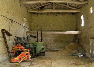 Utilisé à ranger le matériel agricole